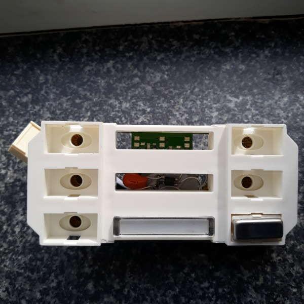 R3687 Modul zum Anschluss von Klingeltasten